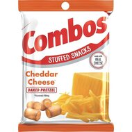 Combos Stuffed Snacks - Cheddar Cheese - 178,6g